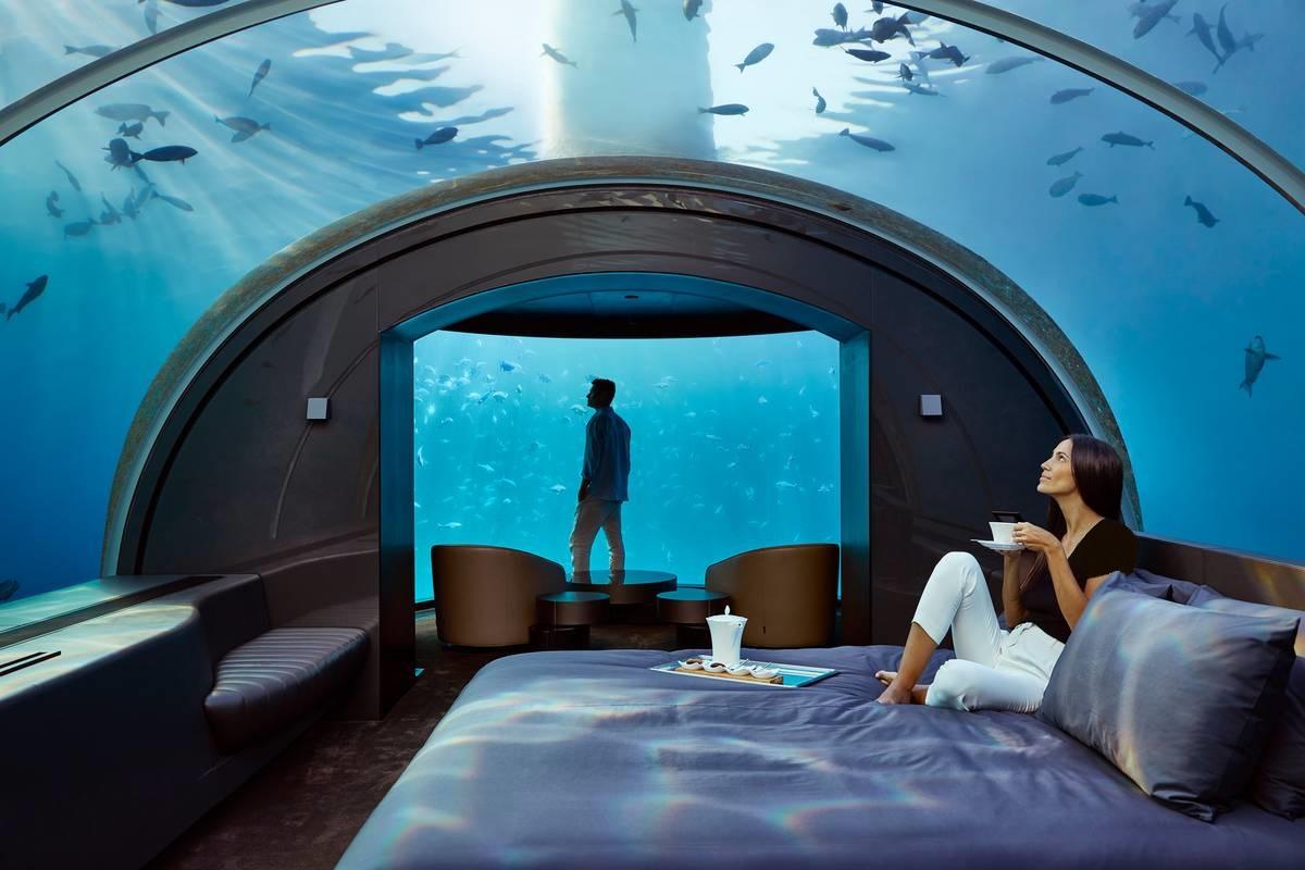 اولین هتل زیر آب جهان